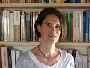 Anne MONTENACH, directrice adjointe